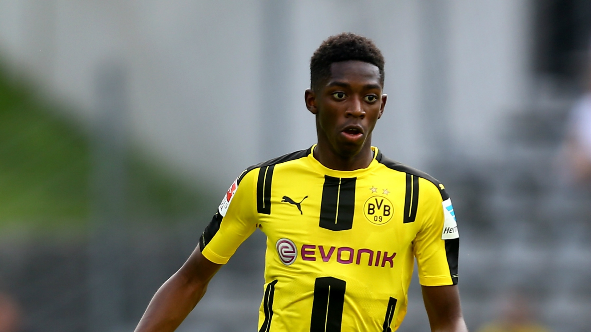 Barcelona s bid for Ousmane Dembele has few at Dortmund worrying